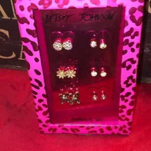 Betsey Johnson Earring Set